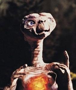 ET_the_Extra-Terrestrial_1