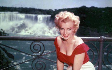 Marilyn-Monroe-in-Niagara-film-noir-drama-1953-1024x644